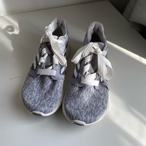 7.5 Adidas Shoes